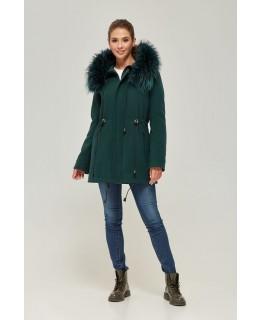Пальто с мехом енота зеленого цвета арт. 2365