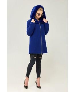 Стильное короткое пальто цвета электрик с капюшоном арт. 2272